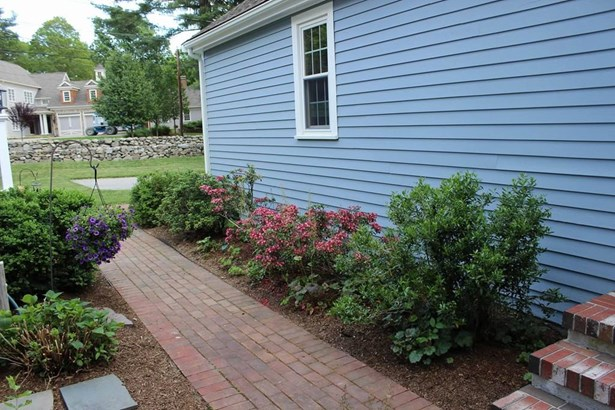 58 Farm St, Medfield, MA - USA (photo 4)