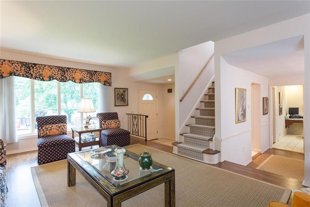 44 Idlewood Place, Stamford, CT - USA (photo 5)