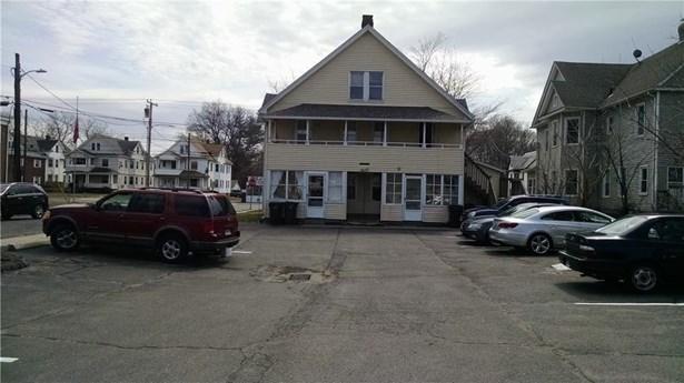 606 Burnside Avenue, East Hartford, CT - USA (photo 3)