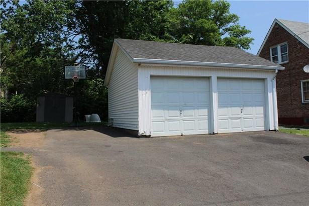 1355 Corbin Avenue, New Britain, CT - USA (photo 4)