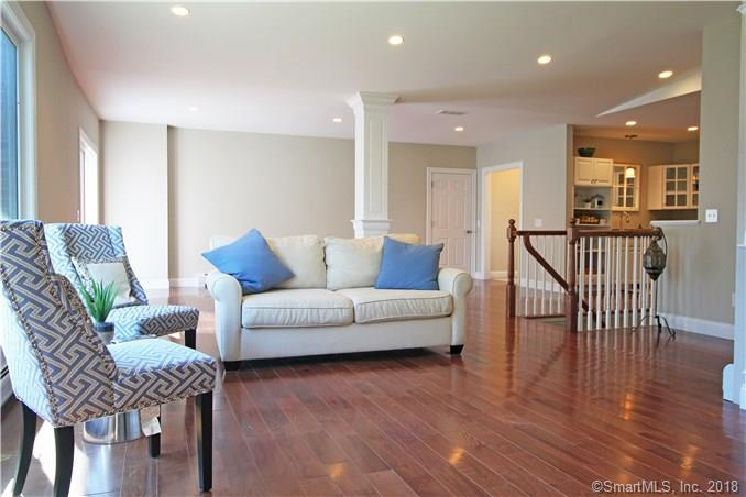 7 Lakeview Road, Brookfield, CT - USA (photo 3)