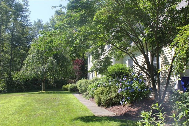 14 Old Woods Road, Brookfield, CT - USA (photo 4)