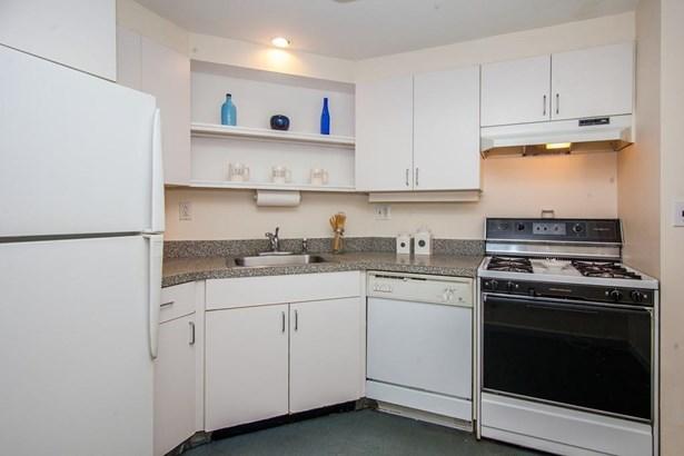 22 Chestnut Place 610, Brookline, MA - USA (photo 1)