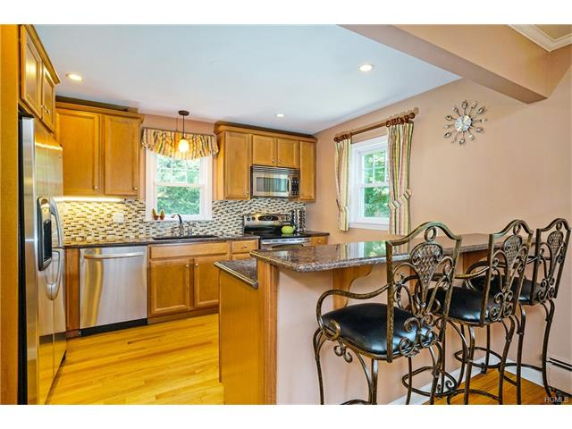 279 Bedford Road, Bedford Hills, NY - USA (photo 5)