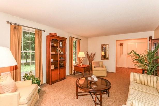 561 Frank Smith Rd, Longmeadow, MA - USA (photo 5)