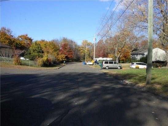15 Ann Street, North Branford, CT - USA (photo 3)