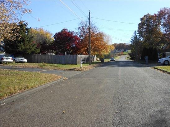 15 Ann Street, North Branford, CT - USA (photo 4)