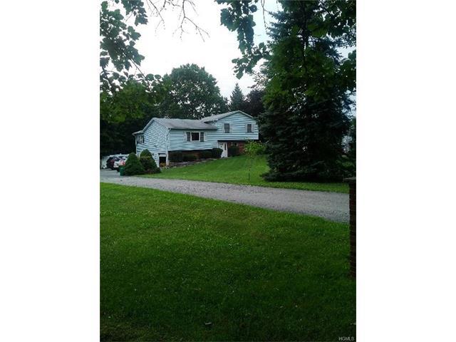 233 Old Sylvan Lake Road, Hopewell Junction, NY - USA (photo 2)