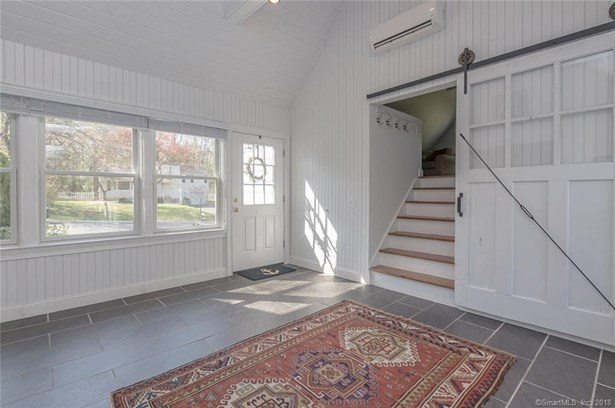 376 Lakeview Drive, Fairfield, CT - USA (photo 2)