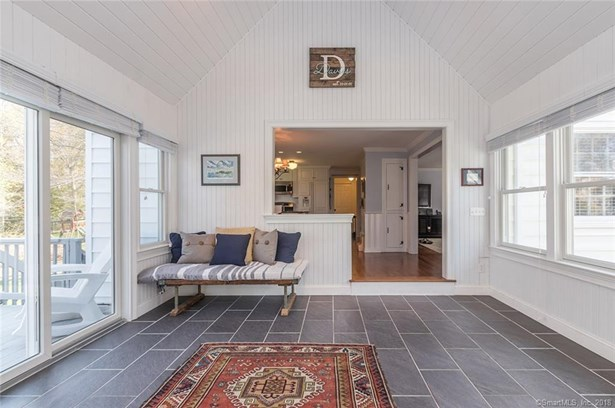 376 Lakeview Drive, Fairfield, CT - USA (photo 4)