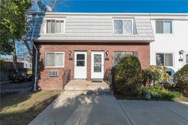 300 Smithfield Rd, Unit#th8, North Providence, RI - USA (photo 1)