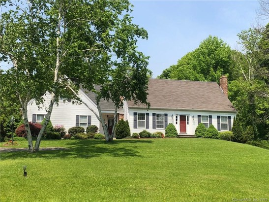 260 Old Post Road, North Branford, CT - USA (photo 1)