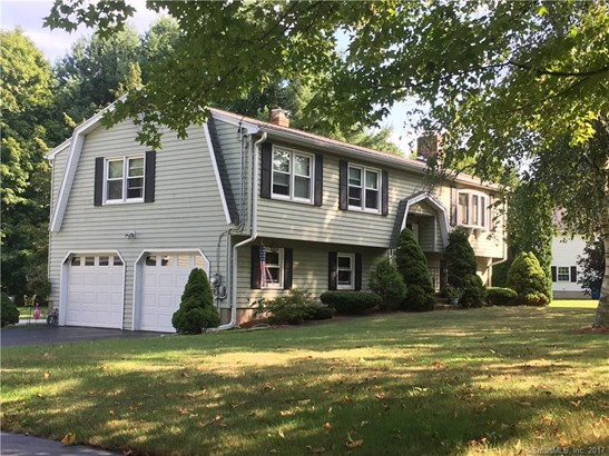 38 Sunnyside Drive, North Branford, CT - USA (photo 2)