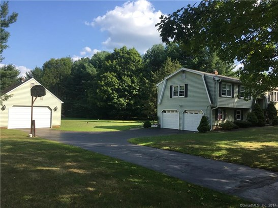 38 Sunnyside Drive, North Branford, CT - USA (photo 3)
