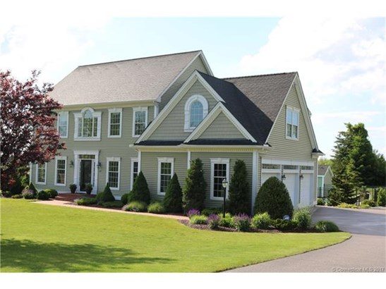 13 Farmview Drive, Norwich, CT - USA (photo 2)