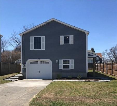 114 Foxboro Av, Portsmouth, RI - USA (photo 1)