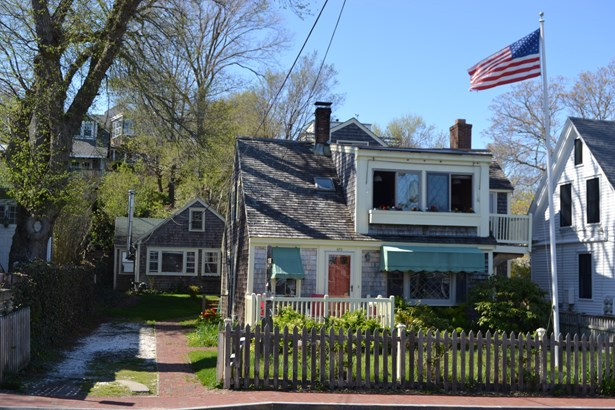 420 Commercial Street, Provincetown, MA - USA (photo 1)