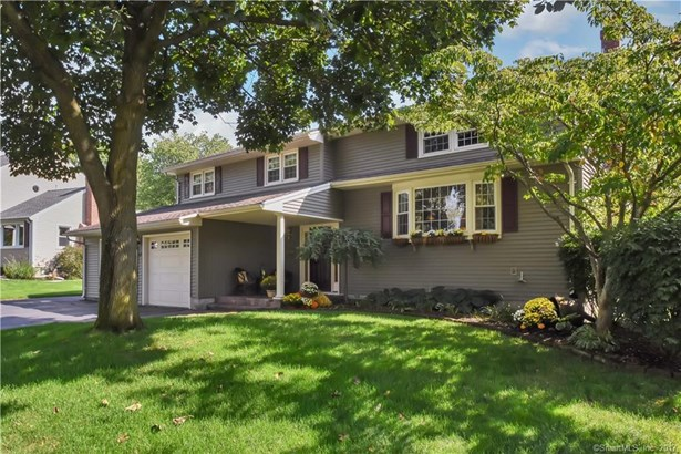 68 Westminster Drive, West Hartford, CT - USA (photo 1)