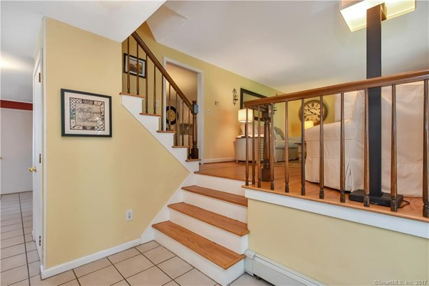 68 Westminster Drive, West Hartford, CT - USA (photo 4)