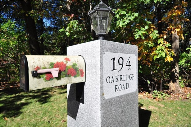 194 Oakridge Road, Bristol, CT - USA (photo 4)