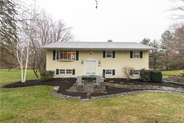 11 Apple Blossom Lane, New Fairfield, CT - USA (photo 1)