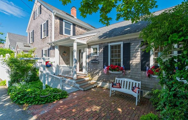 185 Downer Avenue, Hingham, MA - USA (photo 2)
