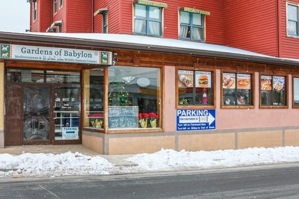 108 West Street, Chicopee, MA - USA (photo 2)