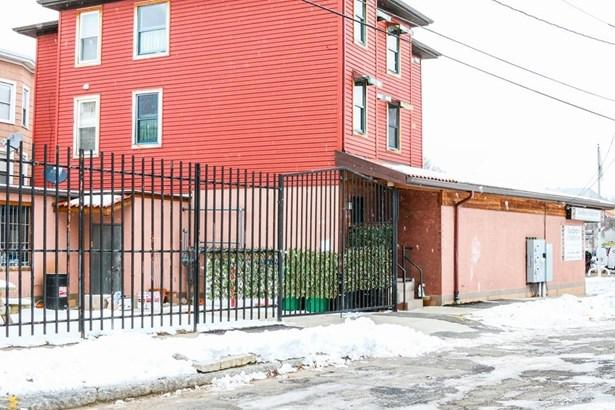 108 West Street, Chicopee, MA - USA (photo 3)