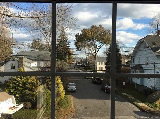 12 Ash Street, Milford, CT - USA (photo 4)