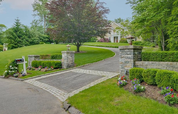 36 Hidden Pond Lane, Trumbull, CT - USA (photo 4)