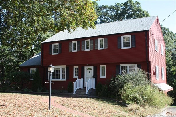 22 Farms Village Road, Wethersfield, CT - USA (photo 2)