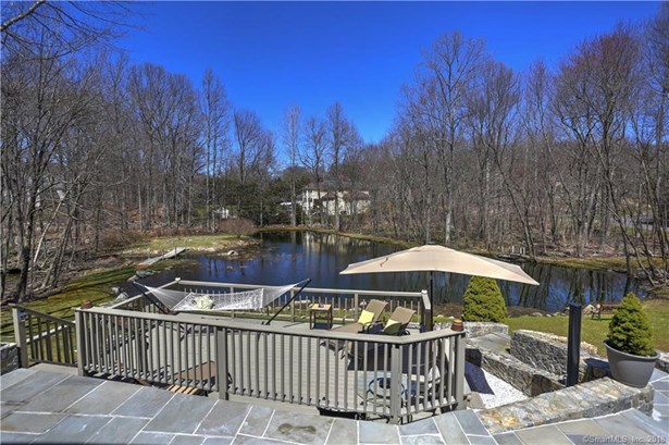 27 Coventry Lane, Trumbull, CT - USA (photo 2)