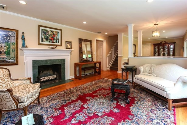 106 Woodbrook Drive, Stamford, CT - USA (photo 4)