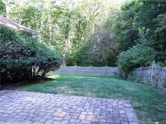 104 Country Club Road, Cheshire, CT - USA (photo 2)