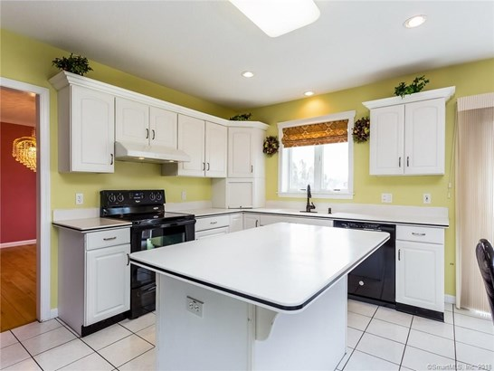 86 Bystrek Drive, Middletown, CT - USA (photo 2)
