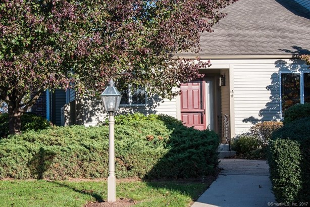 100 Dudley Avenue D16, Old Saybrook, CT - USA (photo 1)