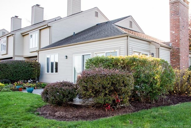 100 Dudley Avenue D16, Old Saybrook, CT - USA (photo 5)