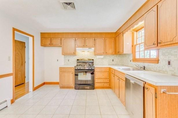 208 Wright Rd, Concord, MA - USA (photo 4)