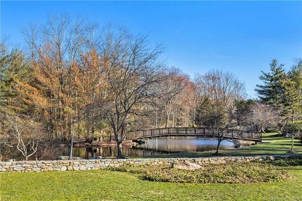 180 Hunting Ridge Road, Stamford, CT - USA (photo 2)