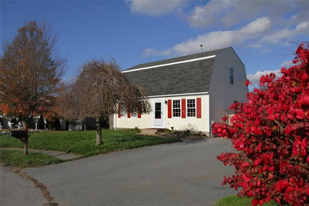 23 High Meadow Ct, Middletown, RI - USA (photo 1)