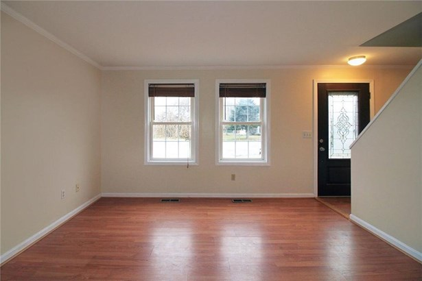 23 High Meadow Ct, Middletown, RI - USA (photo 5)