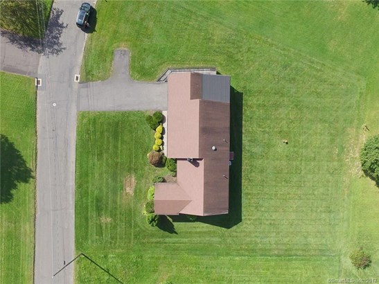 10 Mallard Drive, Bloomfield, CT - USA (photo 2)