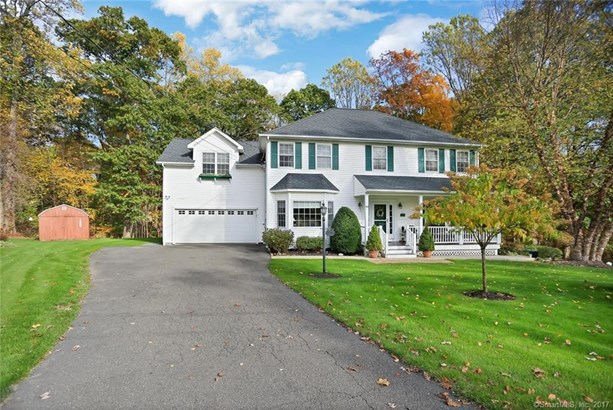 84 Sunnycrest Road, Trumbull, CT - USA (photo 2)