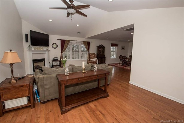 26 Chicopee Road, Middlefield, CT - USA (photo 2)