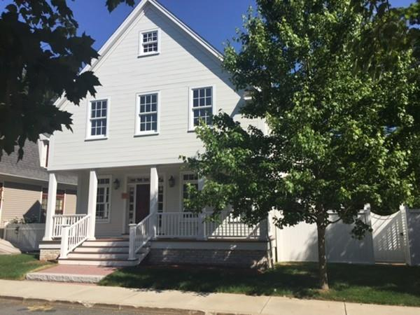 24 Maple Street 24, Medfield, MA - USA (photo 1)