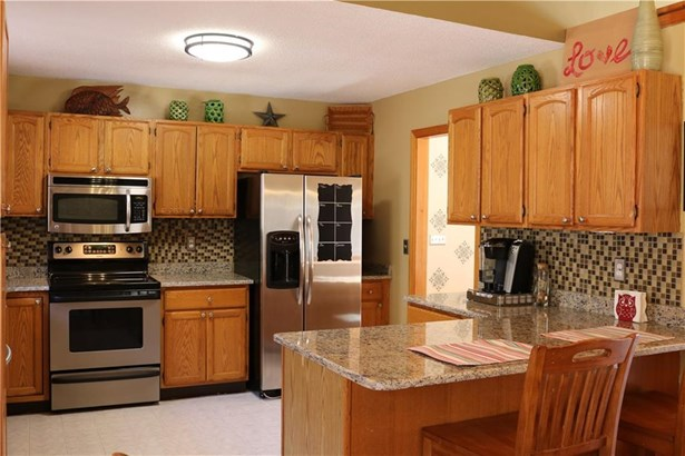 39 Bergendahl Drive, Griswold, CT - USA (photo 3)