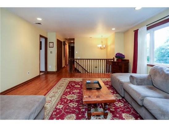 2 Thomas Court, Valley Cottage, NY - USA (photo 3)