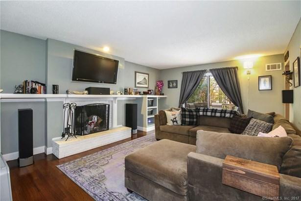 1205 Warner Hill Road, Stratford, CT - USA (photo 2)