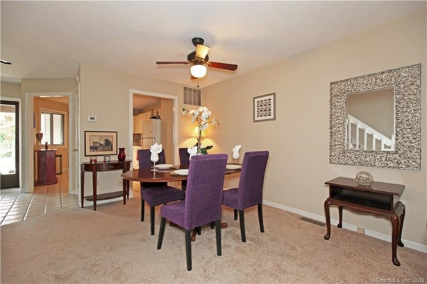 405 Mill Pond Drive 405, South Windsor, CT - USA (photo 3)