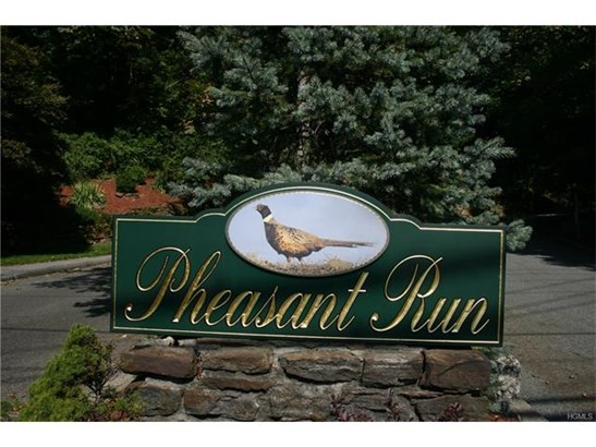 22 Pheasant Run, Millwood, NY - USA (photo 2)